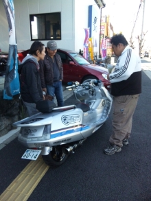 大阪の車屋兼バイク屋兼運送屋の社長BLOG-110226_140001.jpg