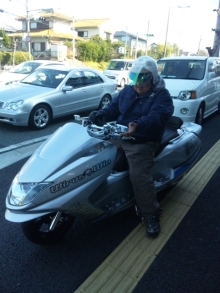 大阪の車屋兼バイク屋兼運送屋の社長BLOG-110226_140436.jpg